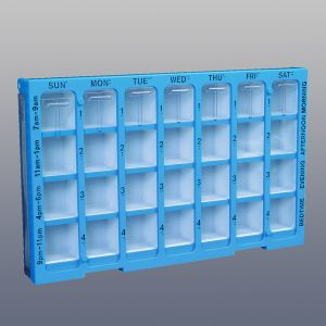 SEVEN-DAY MEDICATION ORGANIZER