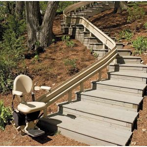 ELITE OUTDOOR CURVED RAIL STAIRLIFT